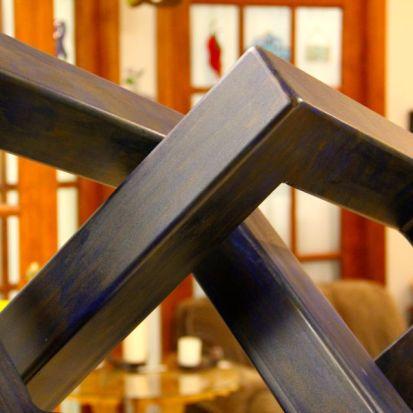 Tony Mertens at Seranya Studios in Plymouth. © 2014 Artdose Art Guide. All rights reserved.